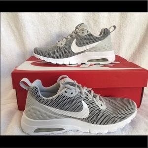 NWT Nike Air Max Sneakers